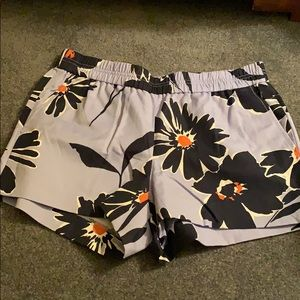 *WORN ONCE* J. Crew Pull-On Shorts